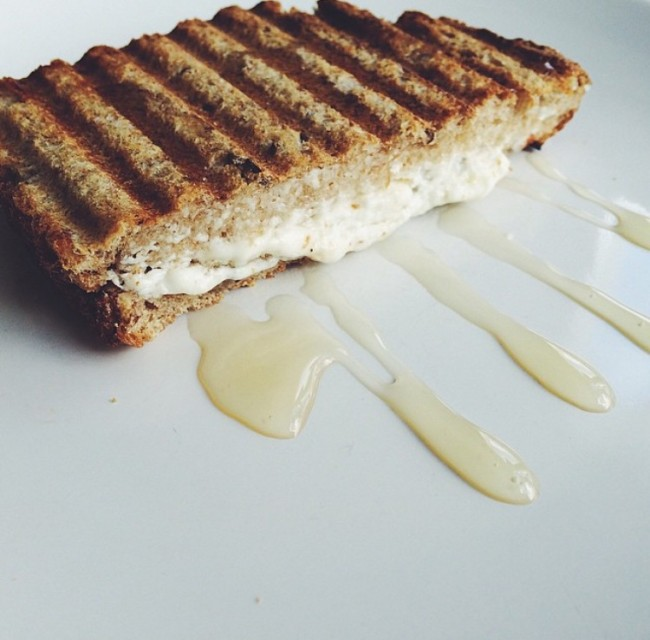 Lunch Tip: Tosti met Geitenkaas en honing