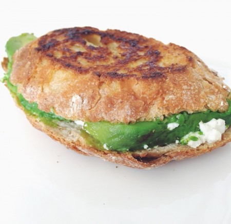 Recept: Pantosti Avocado Geitenkaas