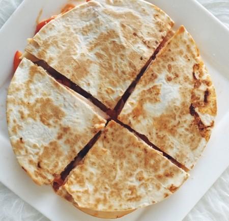 Recept: Quesadilla met kipfilet en veel groente