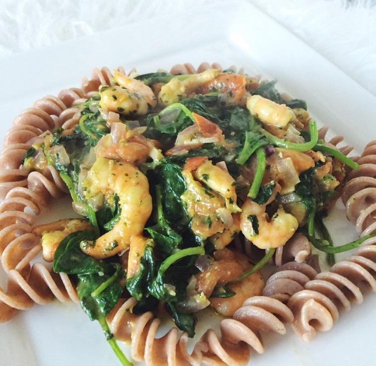 Recept: Pasta Pesto met spinazie en garnalen