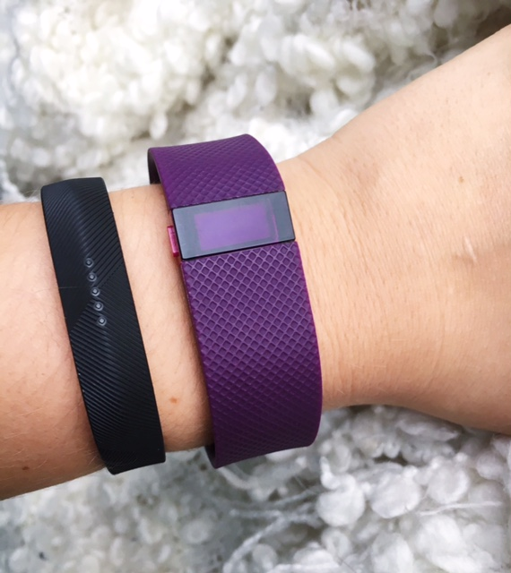 Fitbit Flex 2 vs Fitbit Charge HR